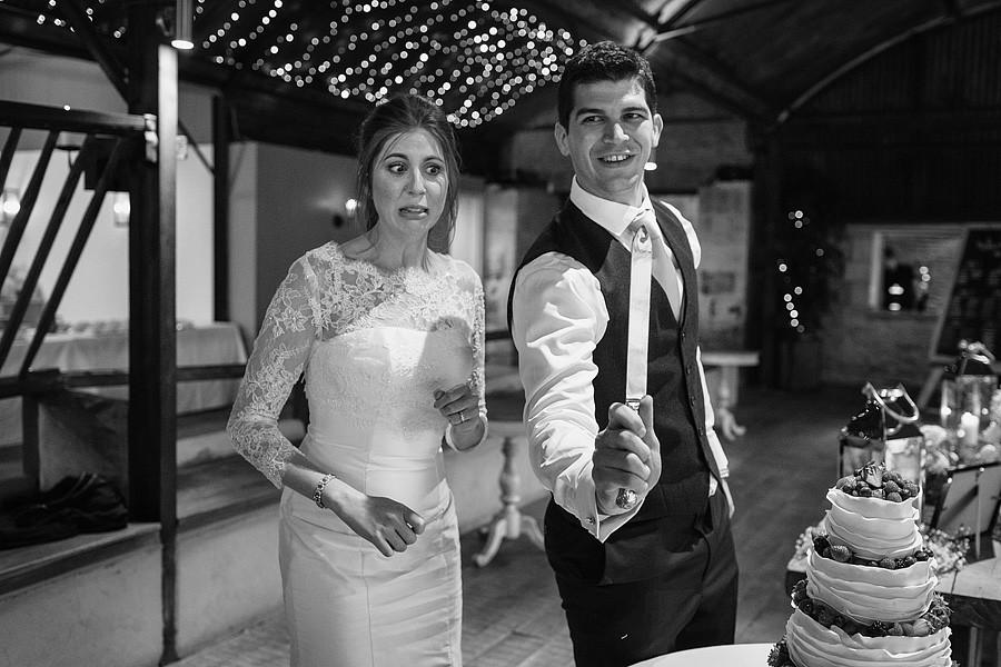 cripps-stone-barn-wedding-photos-7802