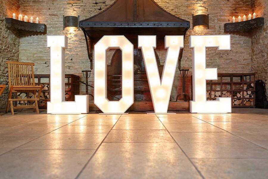 cripps-stone-barn-wedding-photos-7803