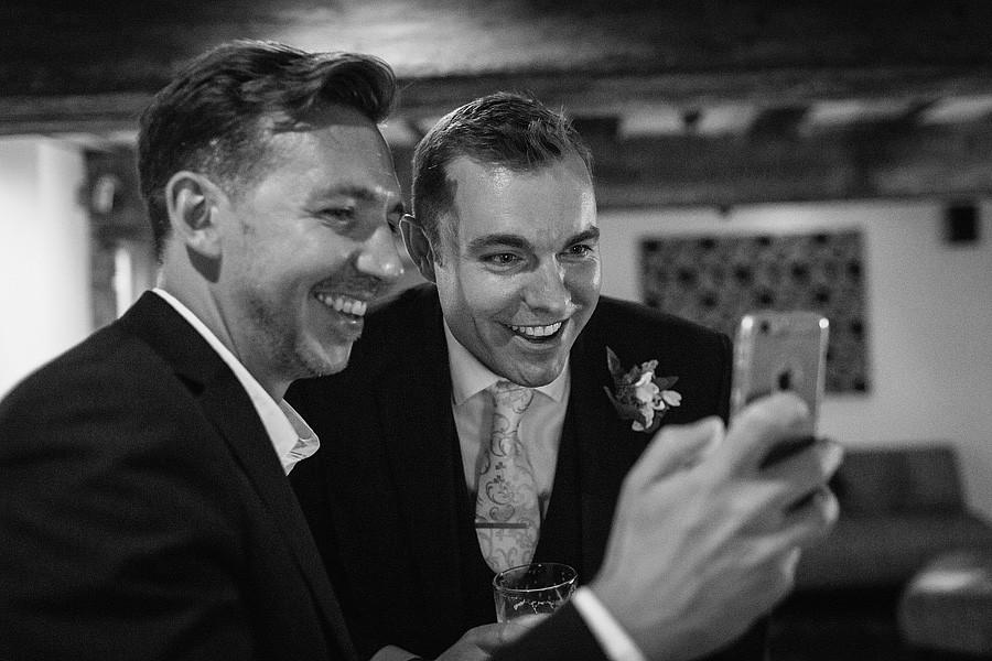tuddenham-mill-wedding-photos-8907