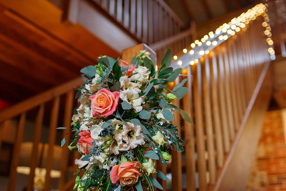 wedding flowers in chaucer barn