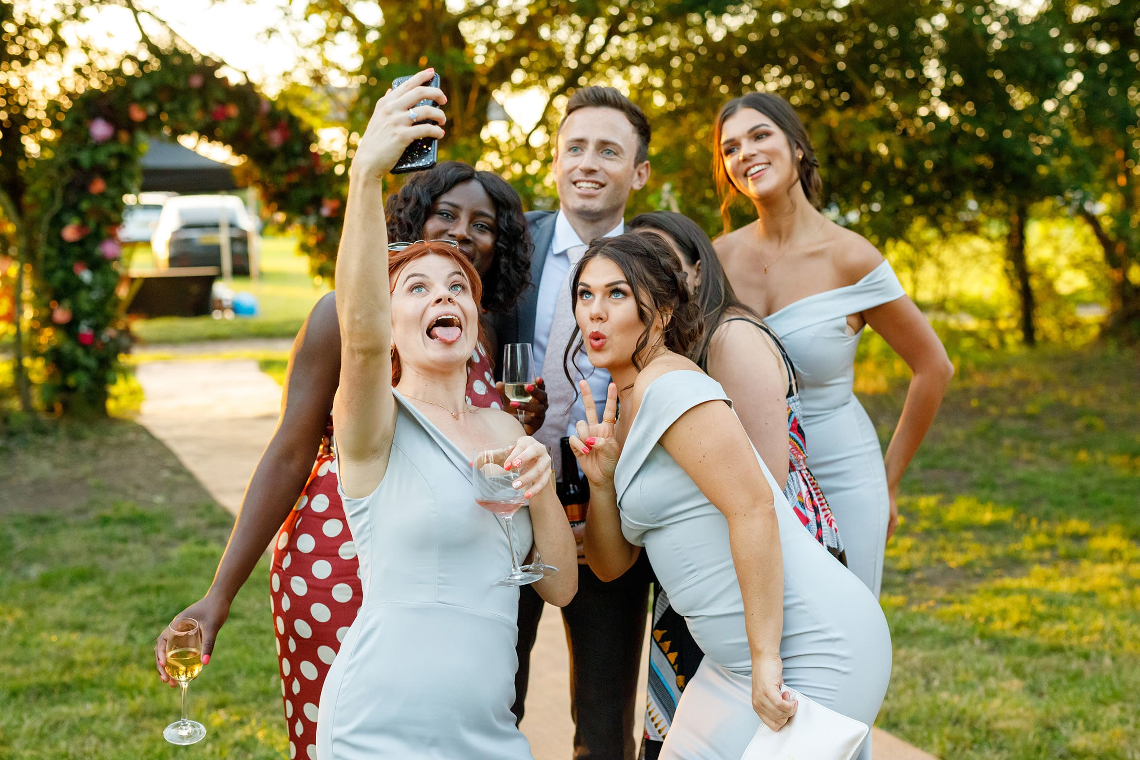 bridesmaids take a selfie