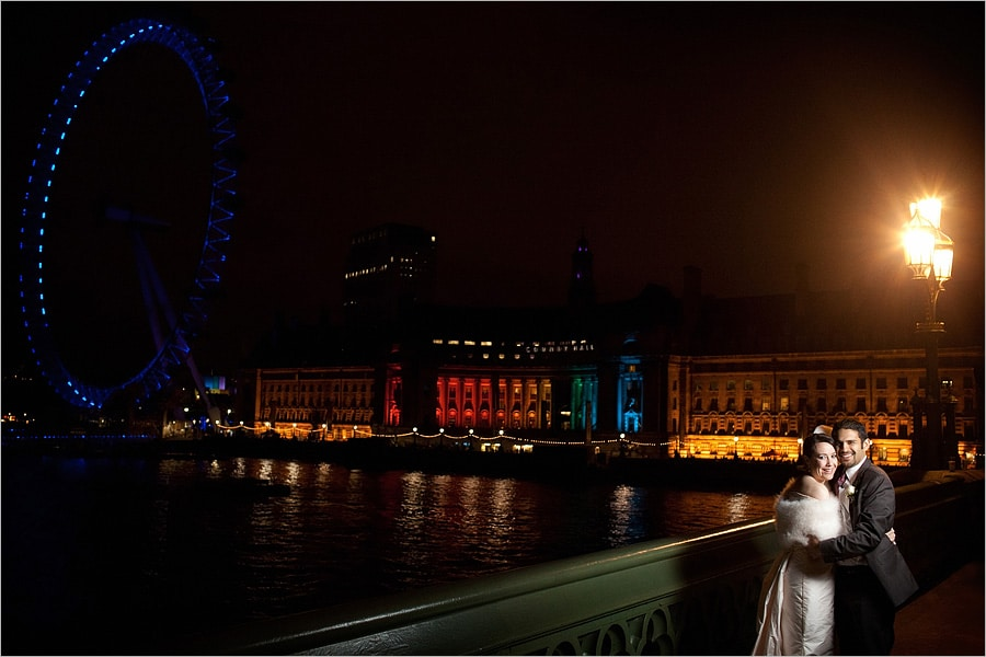 westminster bridge wedding couple