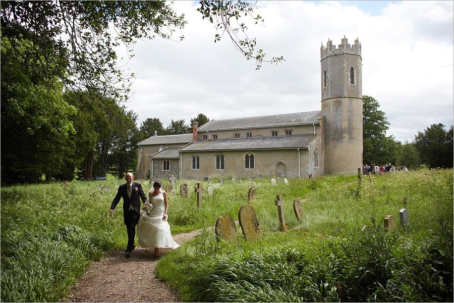 Elms Barn Wedding - Jessica and Philip
