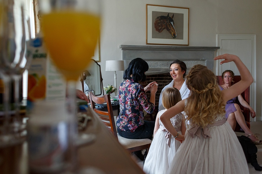 last touches for the brides preparations