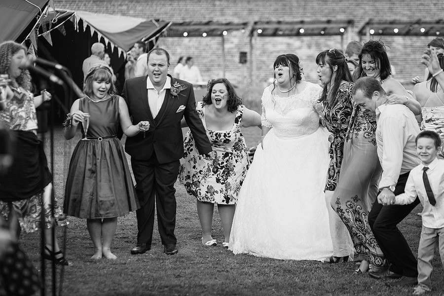 holkham-hall-wedding-photos-087
