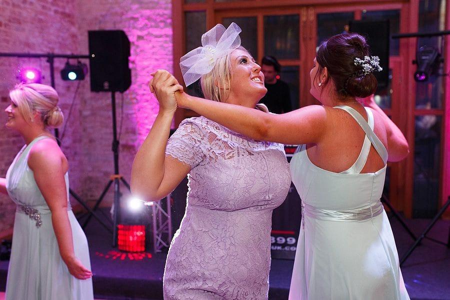 kimberley-hall-wedding-photos-126