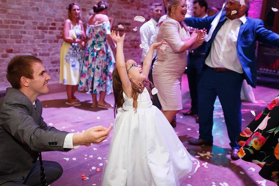 kimberley-hall-wedding-photos-128