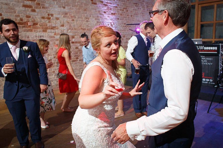kimberley-hall-wedding-photos-132