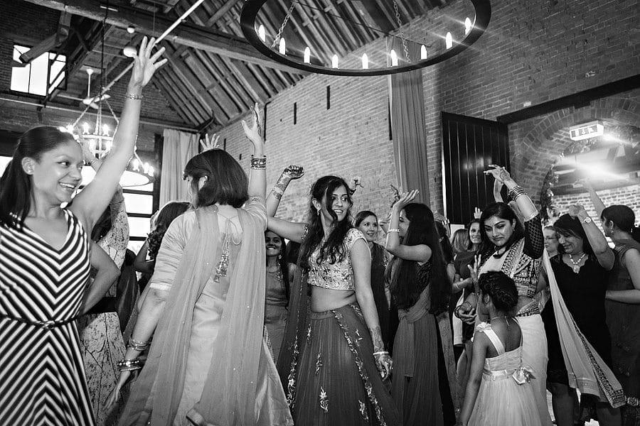 sussex-barn-wedding-photos-6853