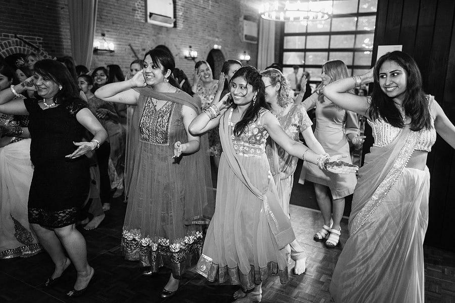 sussex-barn-wedding-photos-6854