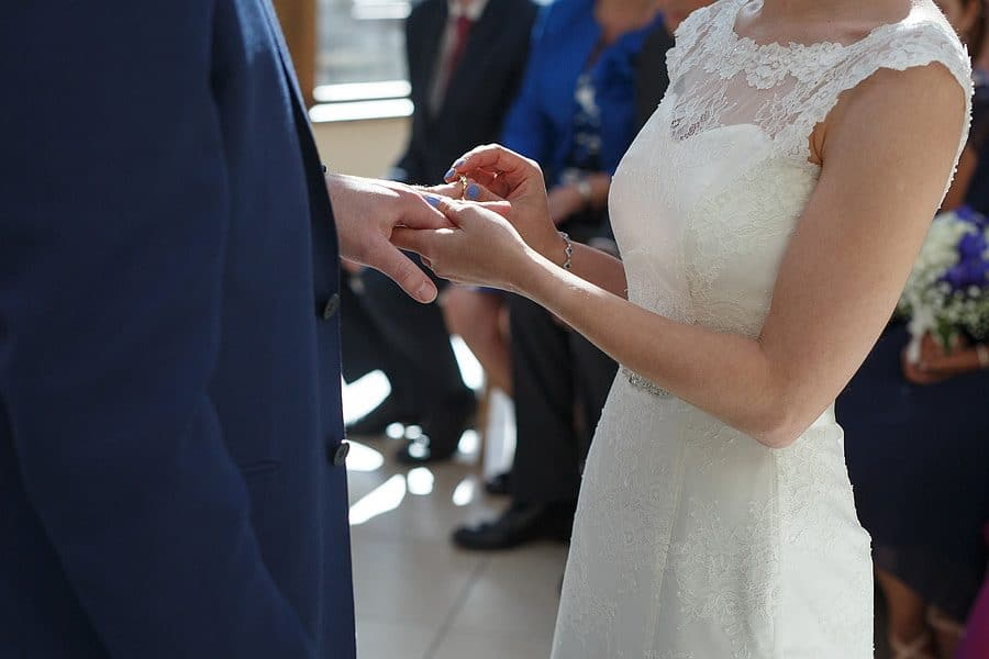 married-at-gaynes-park-8924