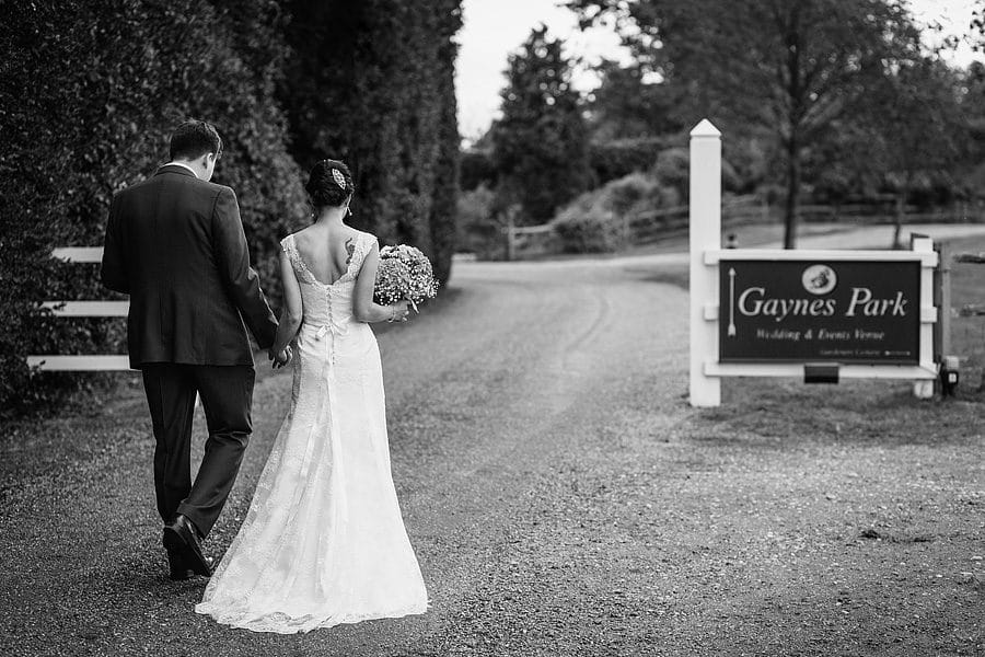 married-at-gaynes-park-8950