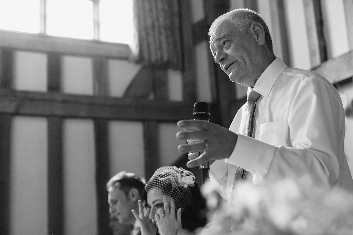 the father of the bride announces the speeches